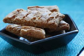 Manteliset Wilhelmiina-pikkuleivät